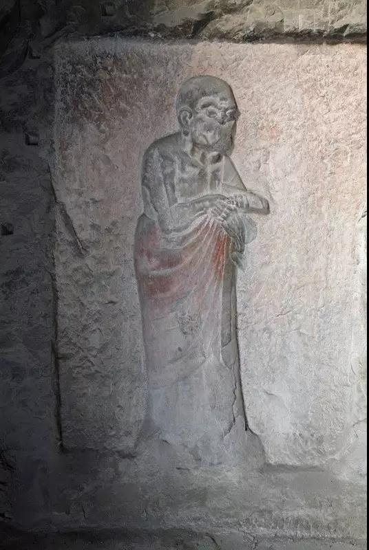 中国石窟寺中最大的罗汉群雕像——龙门石窟看经寺