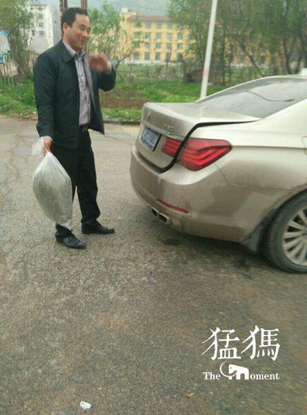 河南粗心茶农十斤茶当五斤卖