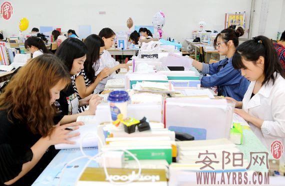 """安阳一学霸宿舍 6个姑娘考研集体""""登科"""""""