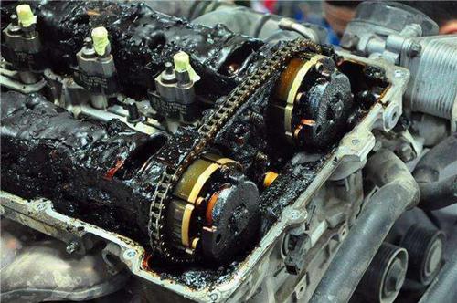 郑州开车不注意这一点 汽车发动机寿命至少减5年
