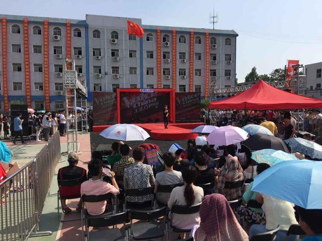 ...2015年中国好声音河南地区独家网络招募平台的推荐会突围赛...