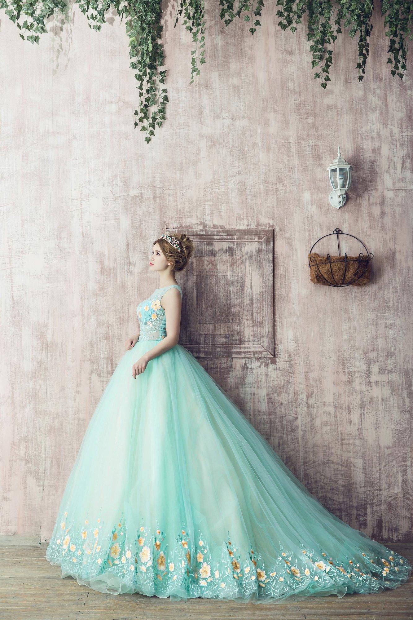 婚纱拍多少钱_现在拍一套婚纱照大概需要多少钱?