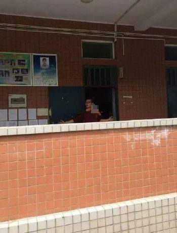 河南洛阳高中女生教室内被劫持嫌疑人已被刑太原生物高中图片