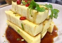 嫩滑爽口 巧用鸡蛋自制美味嫩豆腐