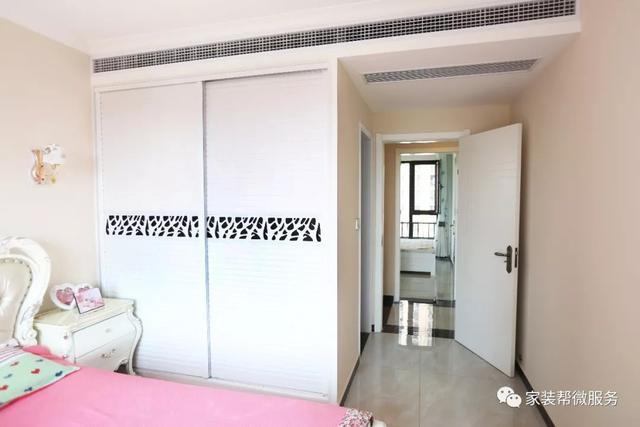 装修系统|125三室两厅极简欧式装修,新风衣柜+中央空调3万!维意清单怎么样广州宝妈图片