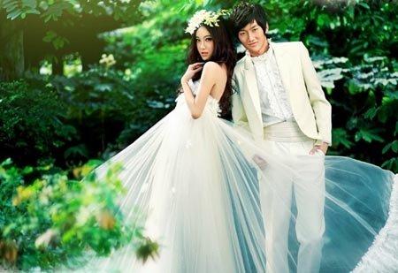 2012年婚纱摄影最新个性婚纱照风格-2012年最新个性婚纱照风格
