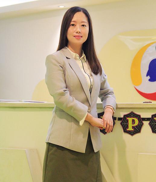 津桥留学吴婵娟:服务在于细节,负责在于态度