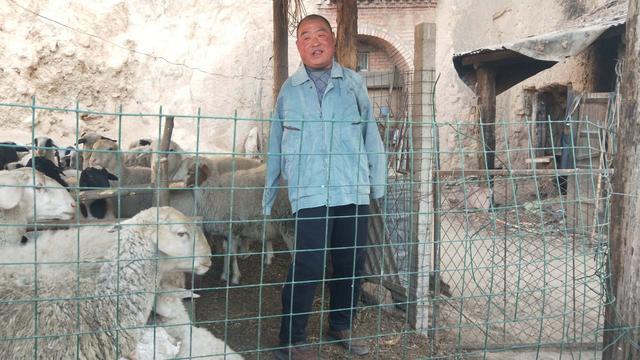【网络媒体走转改】荥阳无臂羊倌带领村民共同致富