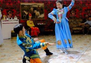 意想不到的新疆之旅 新疆舞风情四溢