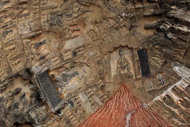 丰富多彩的艺术龙门石窟古阳洞