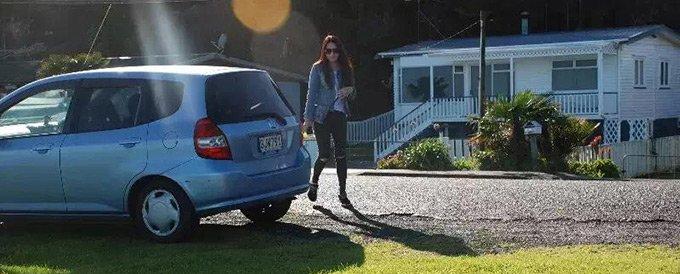 新西兰的交通规则让李怡特别不适应。
