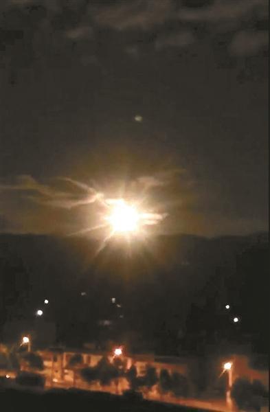 香格里拉陨石争夺战:每克数万元 找陨石为一夜暴富