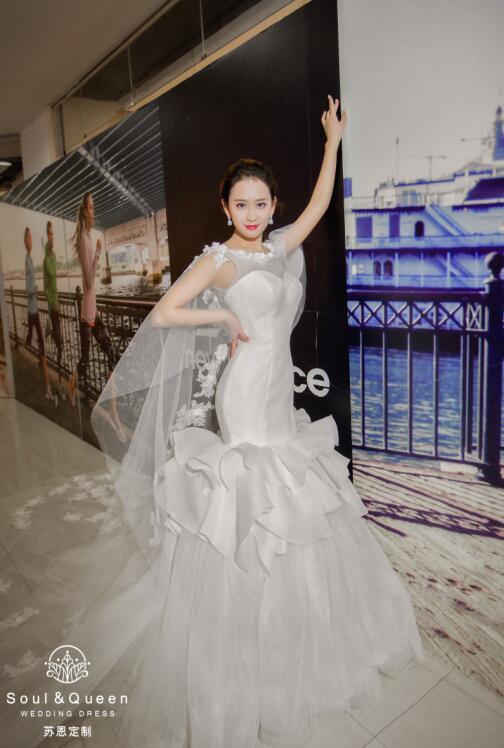 苏恩定制:姑娘们,选对婚纱,在婚礼上以情色动人