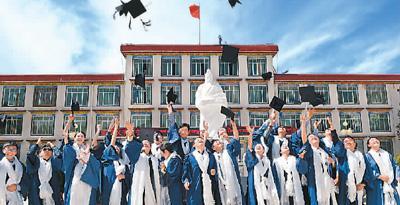 教育打造人才强国