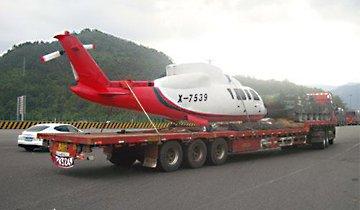 河南货车高速运载飞机坦克 被警方拦截
