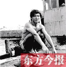 河南老兵被聘三沙荣誉摄影师 老照片带你穿越时空