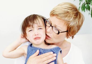 如何应对孩子闹情绪 盘点父母千万不能做的事_大豫网_腾讯网