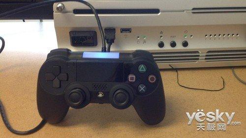 PS4手柄