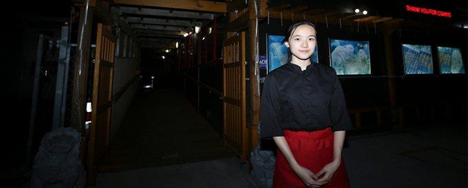 """对九零后的姑娘张媛来说,""""独立""""、""""漂泊""""几乎是她生活中最常见的字眼。"""