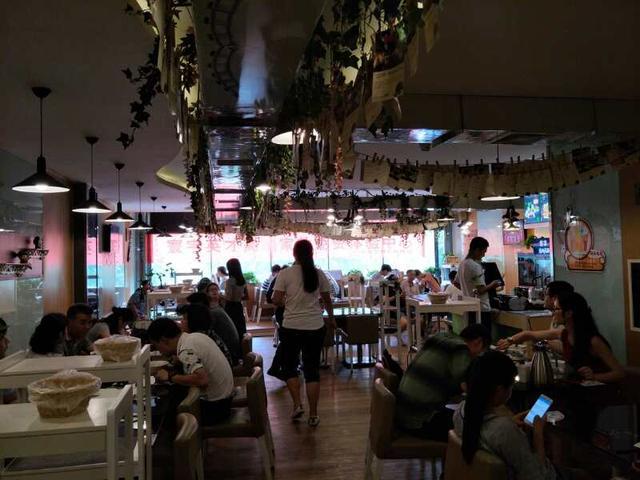 餐饮界黑马——淡水士林台湾美食,缘何加盟者排队加盟