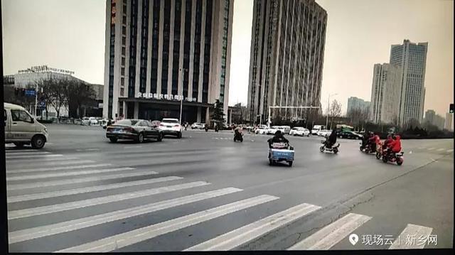 新家书号灯改革:这个路口非灵活车可与机动车同时左转!