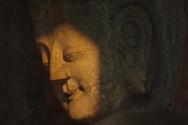 龙门石窟的石刻岁月