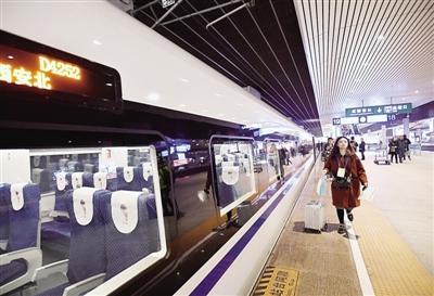 零时启用新旅客列车运行图 郑州到成都高铁直达