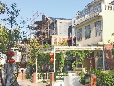 巨大的利益诱惑 郑州家和万世别墅区再现违建