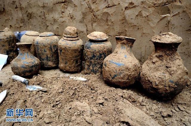 河南温县发明年夜型汉代墓葬群 出土文物200余件