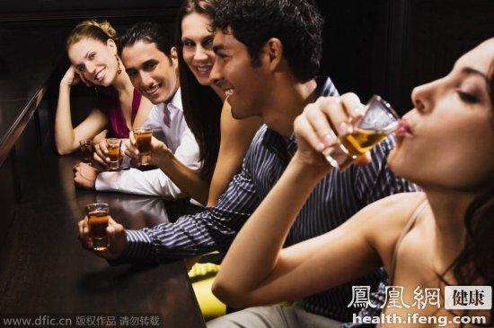 十种不伤身的喝酒习惯 让你喝得更舒心
