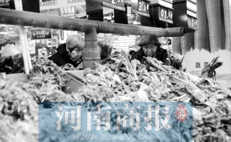 """郑州市场青菜比鸡蛋""""高贵"""" 青黄不接是主因"""