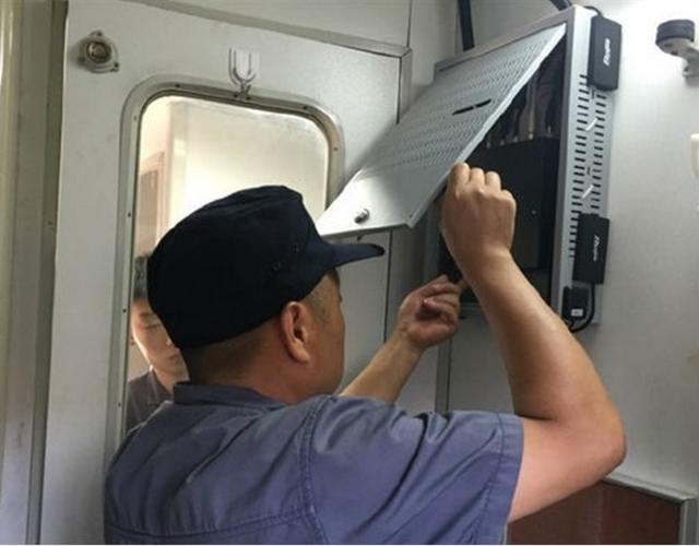 郑州铁路局:火车进入WiFi时代 旅客可免费使用