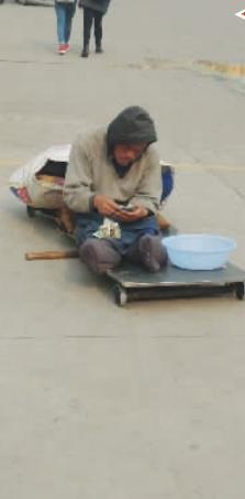 漯河乞讨者吃饱喝足日进百元