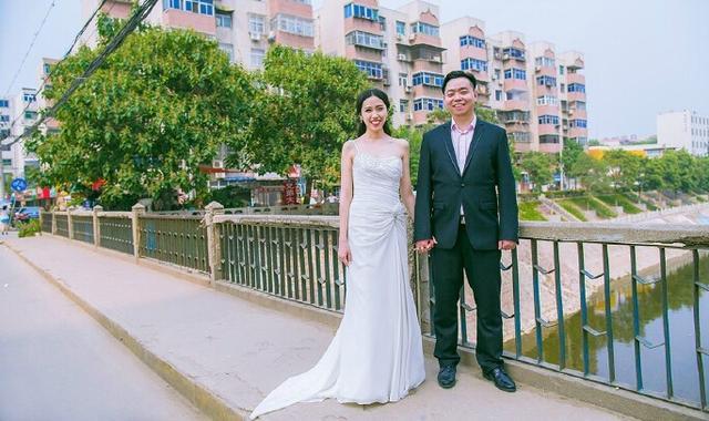 郑州小伙6岁时称要娶小伙伴 18年后两人成夫妻