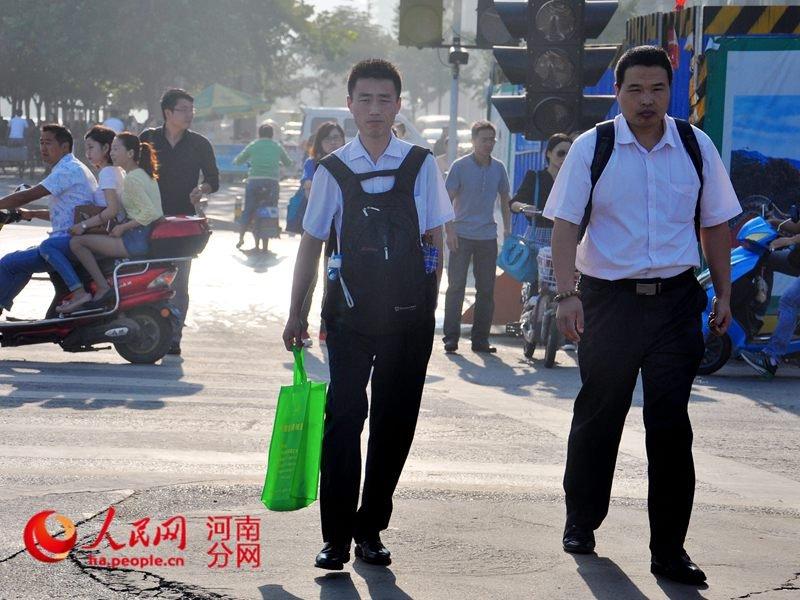 交通图.这一条条走了无数遍的上班路,记载着郑州上班族拼搏高清图片