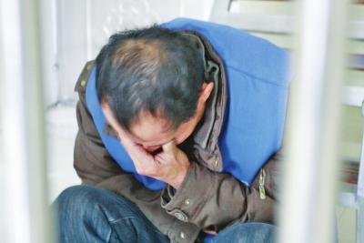 男人骑摩托撞伤9岁女孩逃逸 回避10天后自首