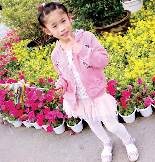 郑州10岁女童出门买包子失踪 家长冒暴雨苦寻