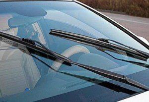 汽车雨刮器有异响 怎么回事?