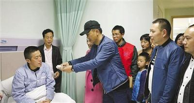 """南阳知名公益歌手""""浩哥""""走了 他的歌声却从未远去"""
