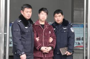 """嫌生活压力太大 睢县24岁男子深夜抢劫"""""""