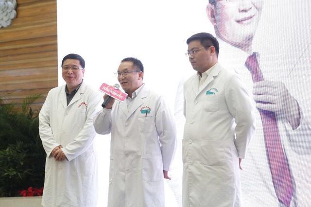 河南首家国际美胸中心成立,引围观!