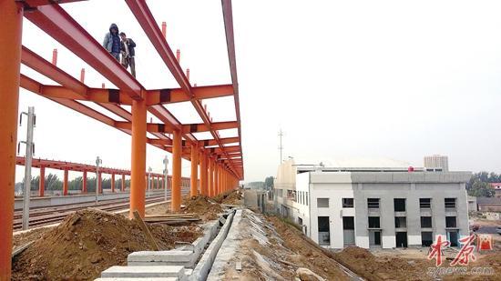 实探郑焦城铁全线 三个新建车站主体完工(图)