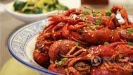 又到了吃小龙虾的季节