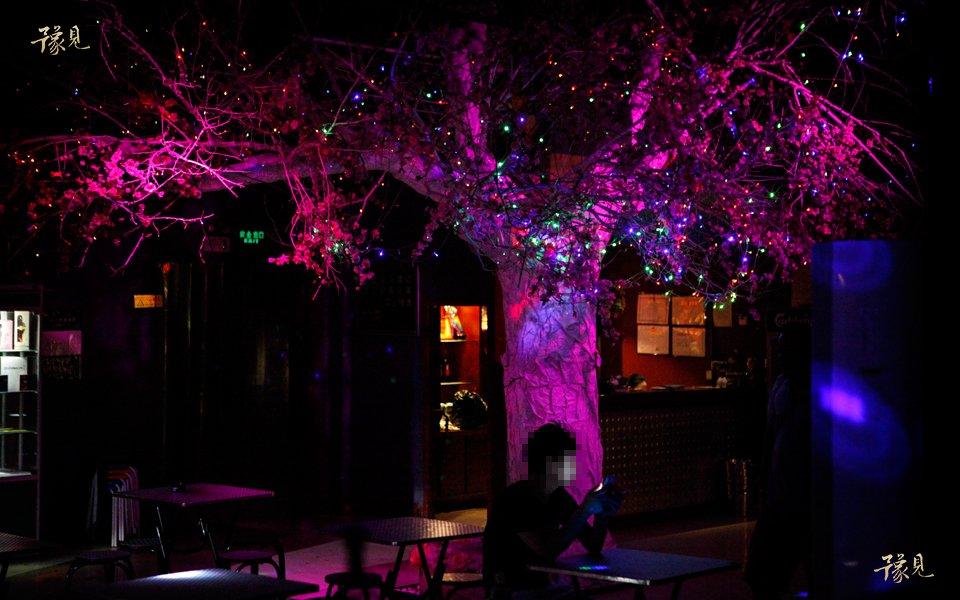 豫见第十三期:走近郑州同性恋酒吧16