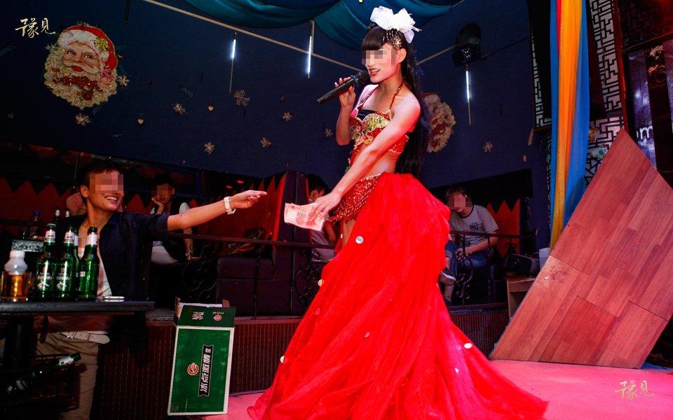 豫见第十三期:走近郑州同性恋酒吧07