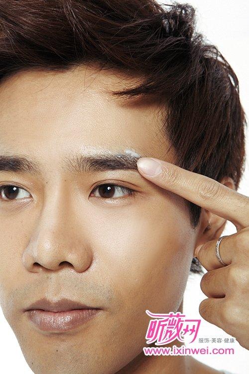 男士修眉 教你打造自然的阳刚眉形