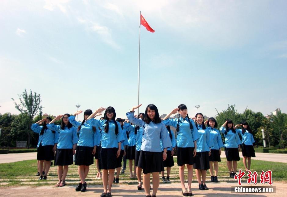 束的大学生活.中新社发 金月全 摄 图片来源:CNSPHOTO-河南大
