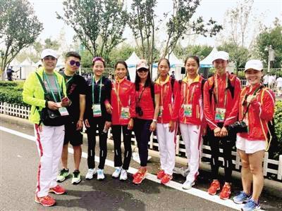 河南女子竞走队团体夺金 年龄最小的只有16岁