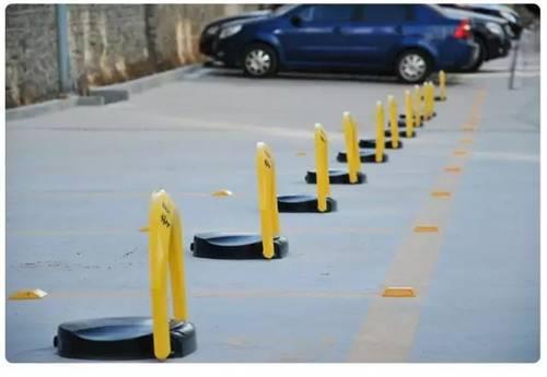 有个这样的停车位,半夜都会笑醒吧!