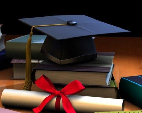 高考学霸们,来领取融冠奖学金吧!